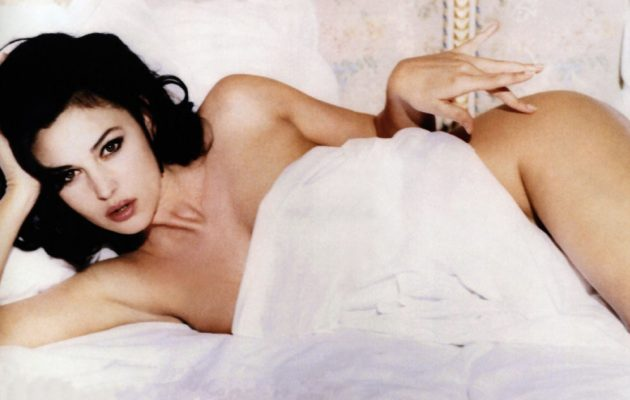 Book Hunter Monica Bellucci