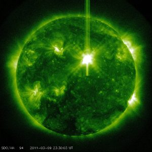 solar-flare-xclass-march92010